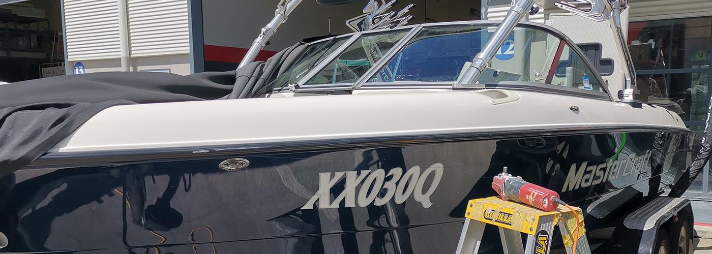 scratch in boat glass gold coast marine